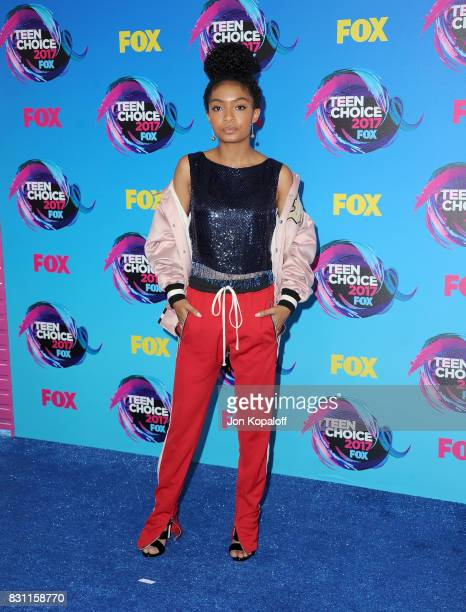 Yara Shahidi attends the Teen Choice Awards 2017 at Galen Center on August 13 2017 in Los Angeles California