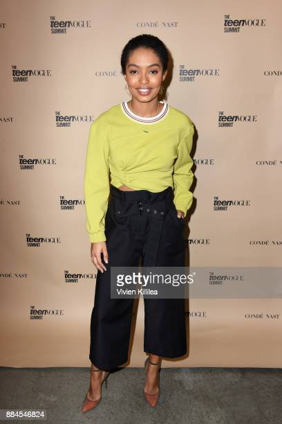 Yara Shahidi attends The Teen Vogue Summit LA Keynote Conversation with Hillary Rodham Clinton and actress Yara Shahidi on December 2 2017 in Playa...