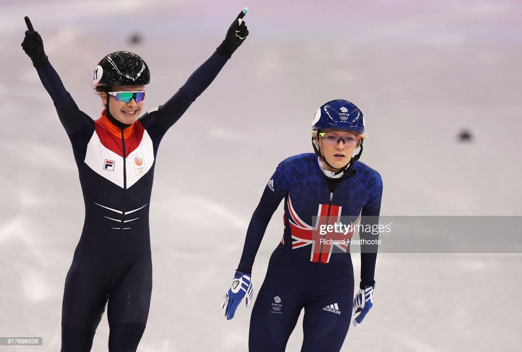 Short Track Speed Skating - Winter Olympics Day 4 : News Photo