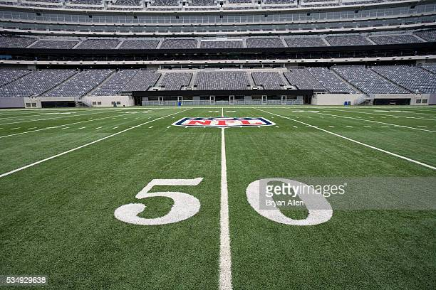 50 yard line - logo stock pictures, royalty-free photos & images