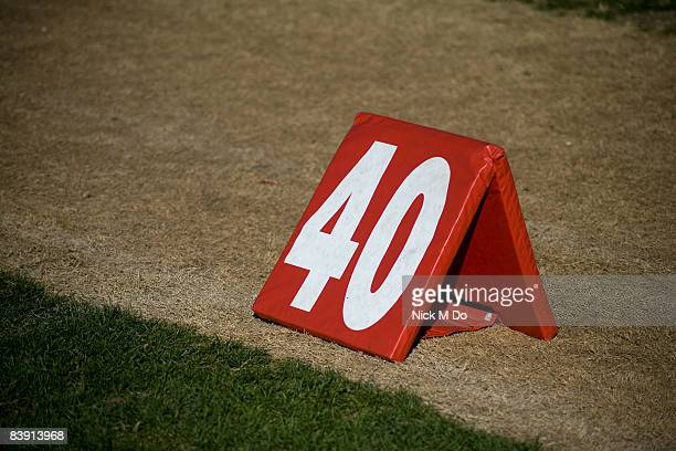 yard line - forty yard line stock pictures, royalty-free photos & images