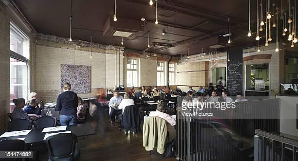 Yard Restaurant London United Kingdom Architect Buckley Gray Yeoman Yard Restaurant Wide Shot Of Busy Restaurant