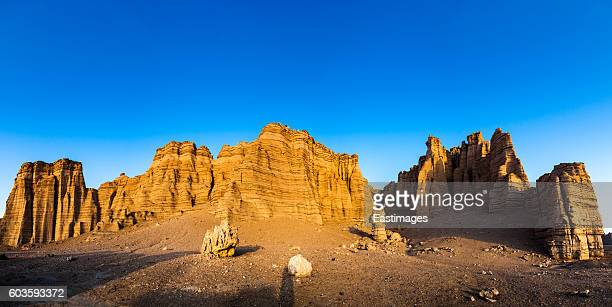 yardang landform at sunset,xinajing,china. - wildnis stock-fotos und bilder