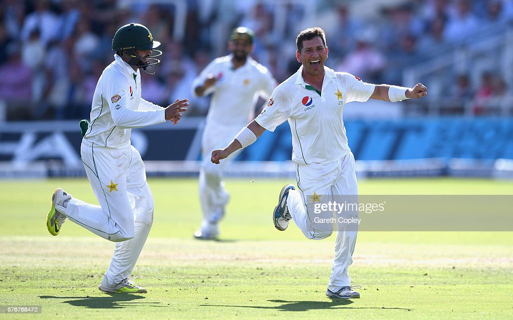 England v Pakistan: 1st Investec Test - Day Four : News Photo