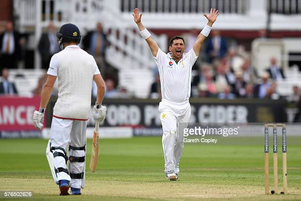 Yasir Shah of Pakistan successfully appeals for the wicket of Moeen Ali of England during day two of the 1st Investec Test between England and...