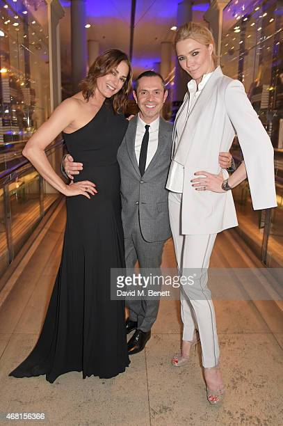 Yasmin Le Bon Shaun Leane and Jodie Kidd attend the Samsung BlueHouse private view of the 'Alexander McQueen Savage Beauty' exhibition at the...