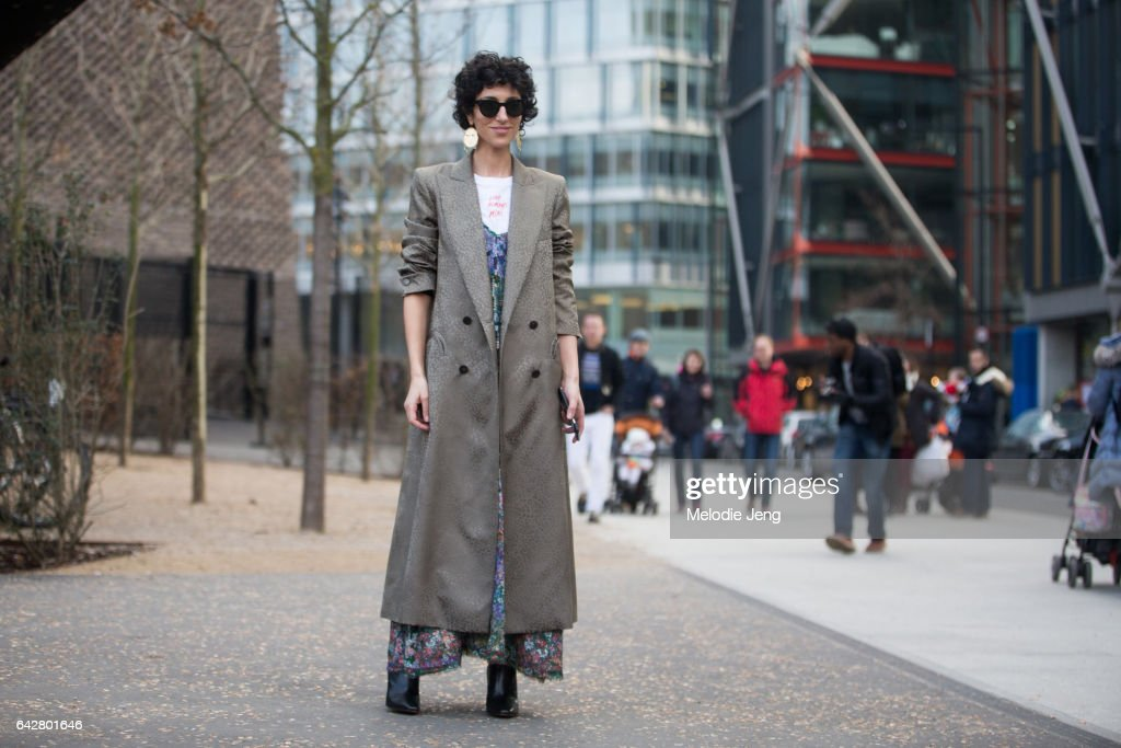 Yasmin Sewell outside of the Molly Goddard show on day 2 of the London Fashion Week February 2017 collections on February 18, 2017 in London, England.