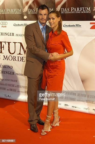 Yasmina Filali Ehemann Thomas Helmer Premiere vom Kinofilm Das Parfum Die Geschichte eines Mörders München Bayern Deutschland Europa Roter Teppich...