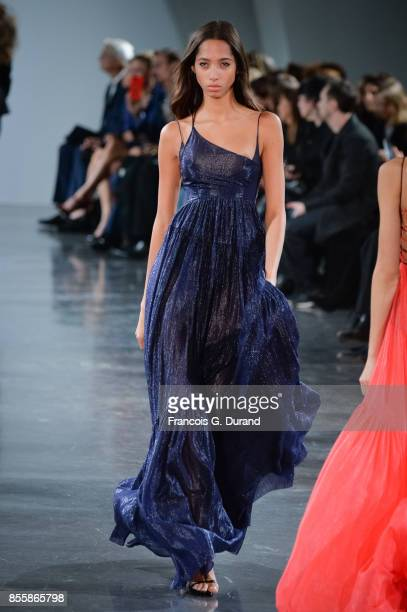 Yasmine Wijnaldum walks the runway during the Mugler show as part of the Paris Fashion Week Womenswear Spring/Summer 2018 on September 30 2017 in...