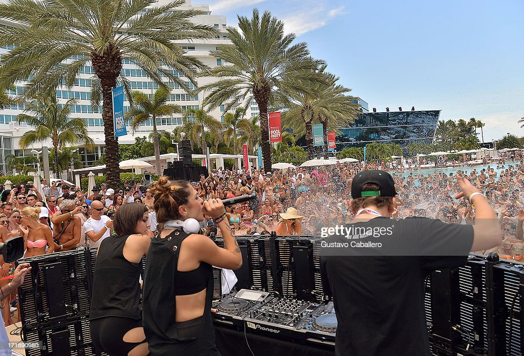 iHeartRadio Ultimate Pool Party Presented By VISIT FLORIDA At Fontainebleau's BleauLive - Pool Stage Show