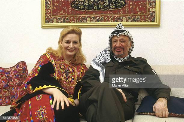 Yasser and Souha ARAFAT at home