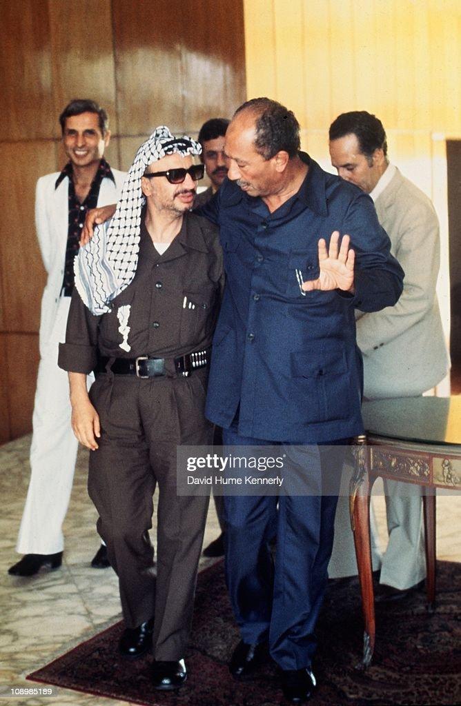 Arafat And Sadat : News Photo