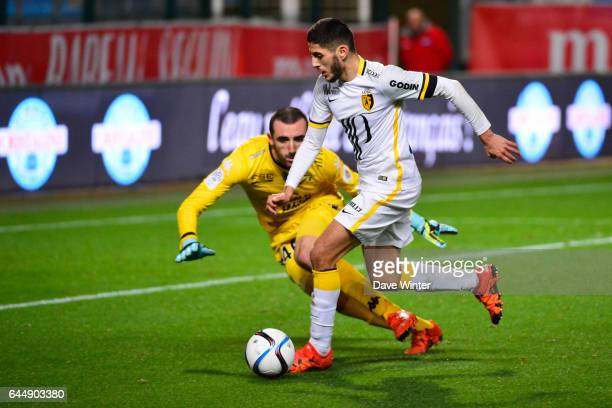 Yassine BENZIA / Paul BERNARDONI Troyes / Lille 14eme journee de Ligue 1 Photo Dave Winter / Icon Sport