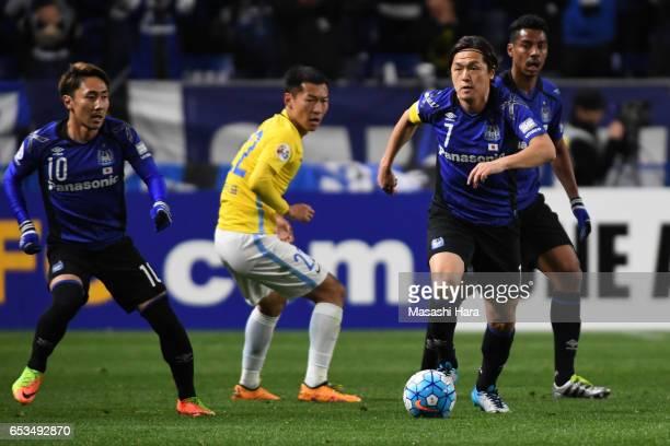 Yasuhito Endo of Gamba Osaka in action during the AFC Champions League Group H match between Gamba Osaka and Jiangsu FC at Suita City Football...