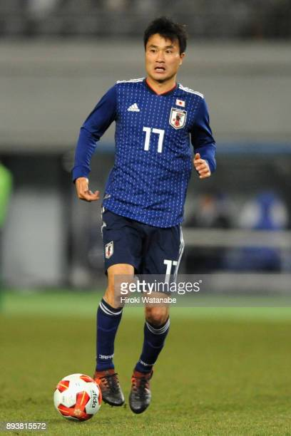 Yasuyuki Konno of Japan in action during the EAFF E1 Men's Football Championship between Japan and South Korea at Ajinomoto Stadium on December 16...