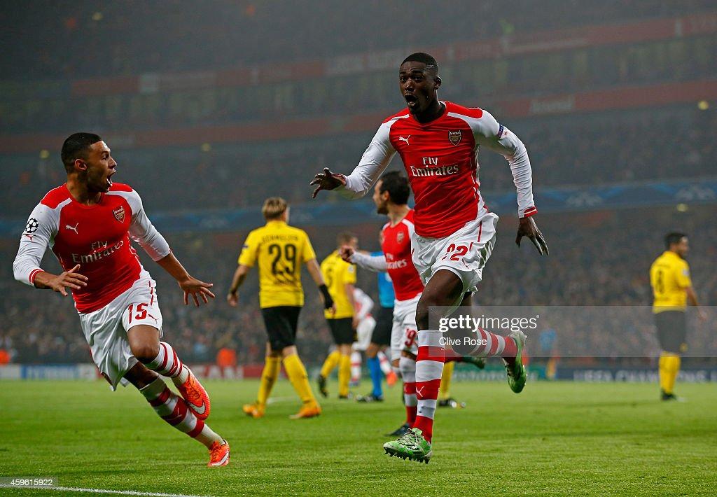 Arsenal FC v Borussia Dortmund - UEFA Champions League : News Photo