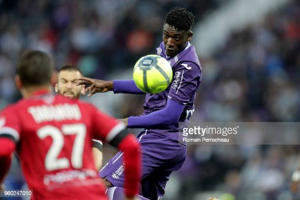 Yaya Sanogo of Toulouse in action during the Ligue 1 match between Toulouse and EA Guingamp at Stadium Municipal on May 19, 2018 in Toulouse, .