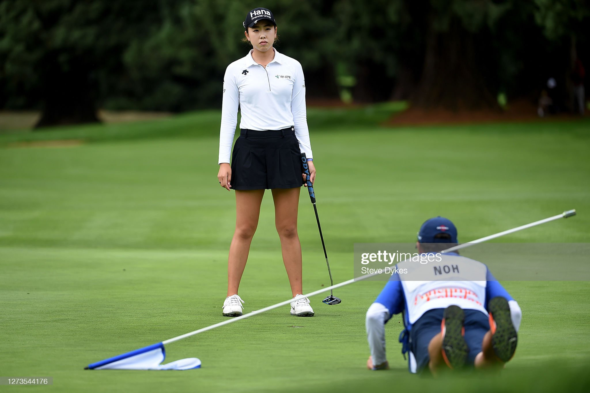 https://media.gettyimages.com/photos/yealimi-noh-lines-up-her-putt-with-her-caddie-on-the-15th-hole-during-picture-id1273544176?s=2048x2048