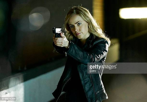 12 MONKEYS Year of the Monkey Episode 201 Pictured Amanda Schull as Cassandra Railly