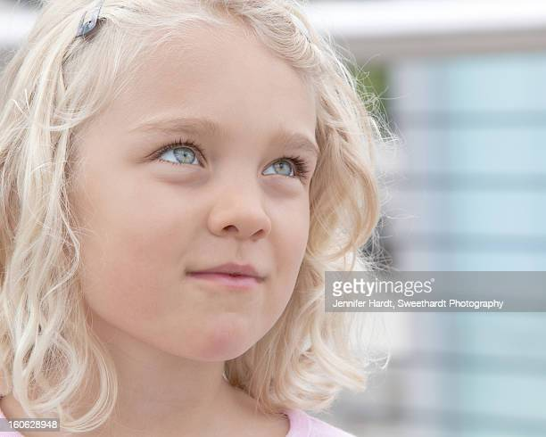 6 year old blue-eyed, blonde girl - grey eyes stock pictures, royalty-free photos & images