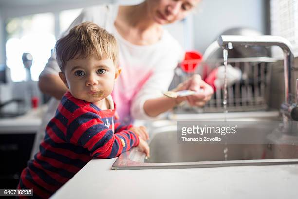 1 year old boy refuses to eat