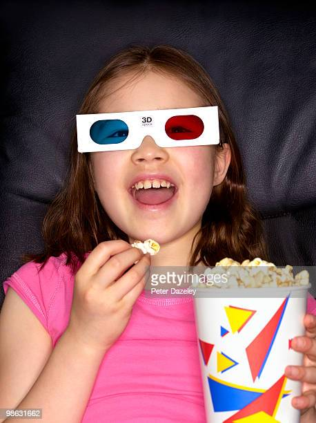 9 year old girl in 3D cinema