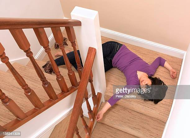 50 year old woman fallen downstairs - dead body stock pictures, royalty-free photos & images