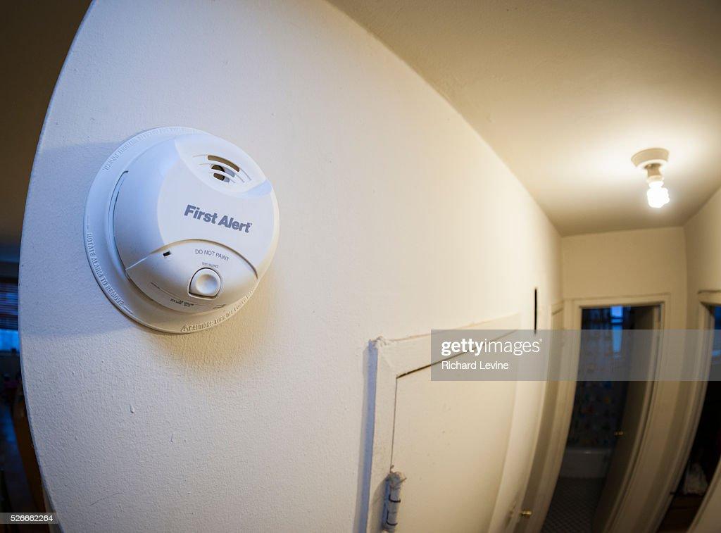 New York State to require 10-year smoke detectors : News Photo