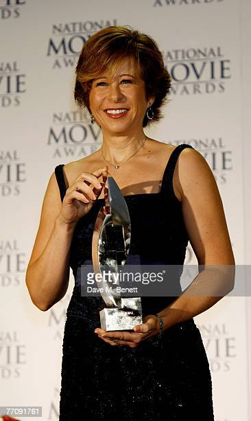 Yeardley Smith poses in the awards room with the Animation award for The Simpsons during the National Movie Awards 2007 at the Royal Festival Hall on...