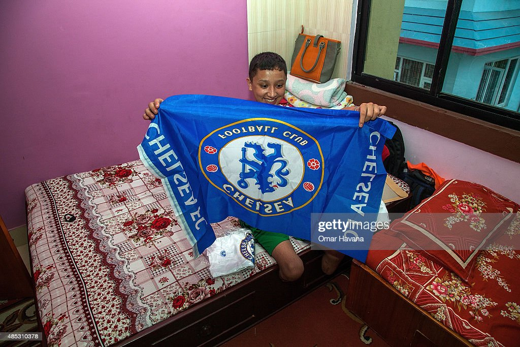 Nepal Earthquake Amputee Receives Gifts From Chelsea FC : News Photo
