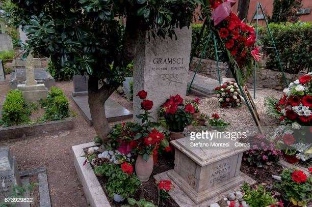 80 years after the death of Antonio Gramsci the various parties of the Italian left paid tribute to the tomb of Antonio Gramsci sited in the third...