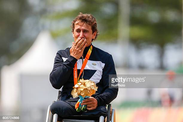 15 years after the terrible crash of Lausitzring Alex Zanardi won the Paralympic Gold medal in the Time trial H5 in Rio de Janeiro Brazil on 14...