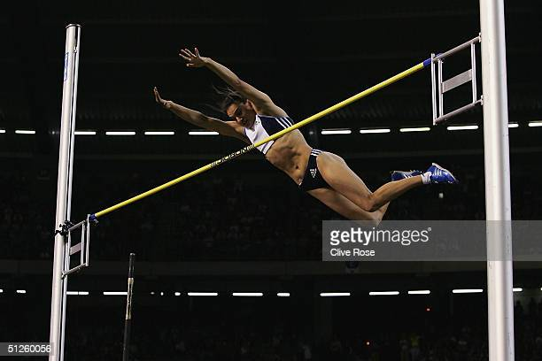 Yelena Isinbayeva of Russia breaks the womens Pole Vault record during the IAAF Golden League Meet in the Roi Baudouin Stadium on September 3, 2004...