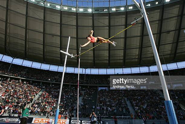 Yelena Isinbayeva of Russia competes in the women's pole vault during the ISTAF Golden League athletics meeting on September 16 2007 in Berlin Germany