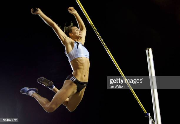 Yelena Isinbayeva of Russia in action in the women's pole vault during the IAAF Golden League Meet in the Roi Baudouin Stadium on September 26, 2005...