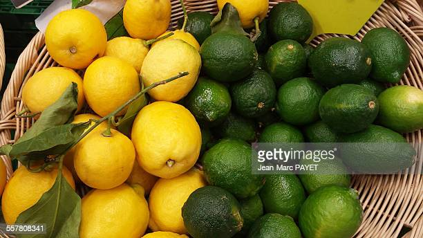 yellow and green french lemons - jean marc payet foto e immagini stock