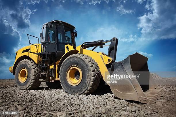 Gelbe Bulldozer auf Baustelle