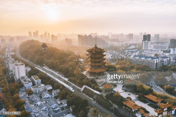 yellow crane tower 黄鹤楼 - wuhan stock pictures, royalty-free photos & images