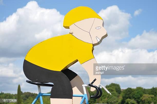 yellow jersey winning cyclist - gele trui fietstrui stockfoto's en -beelden