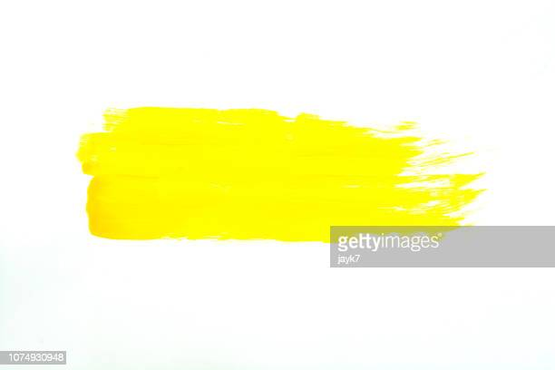 yellow paint - jaune photos et images de collection