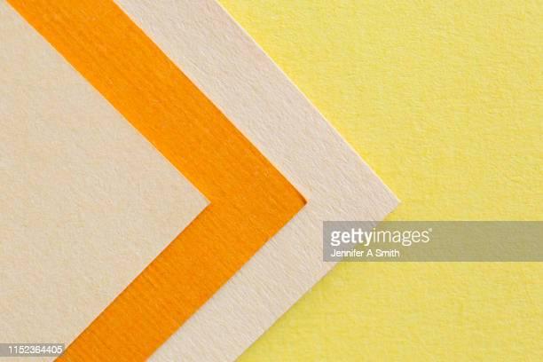 yellow paper chevron - 山形模様 ストックフォトと画像