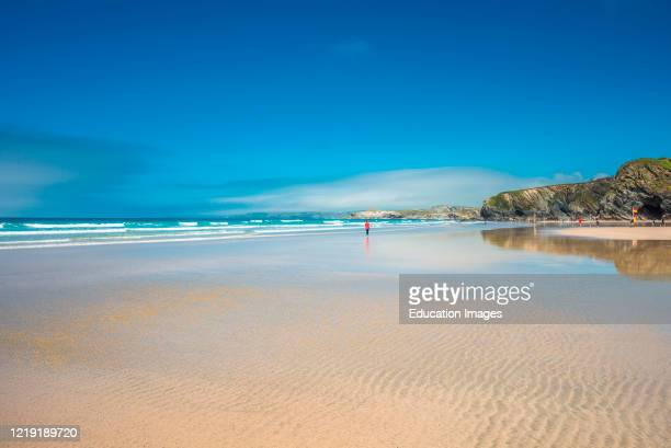 Yellow sands of Great Western beach in Newquay on the north Cornish Coast England UK