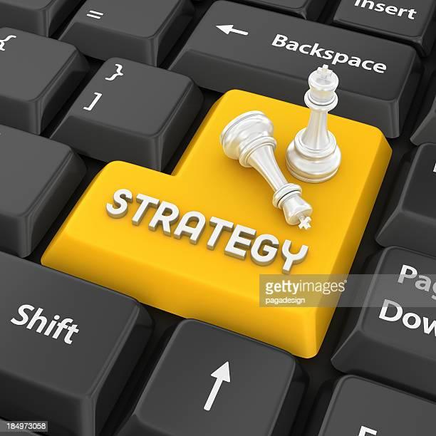 Gelbe Strategie Tastatur Taste mit zwei Schachfiguren