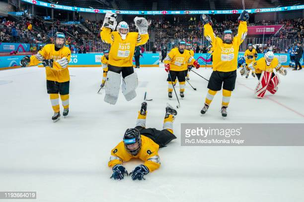 Yellow team celebrates their victory after Women's Mixed NOC 3-on-3 Play-offs Semifinals Games of the Lausanne 2020 Winter Youth Olympics at Vaudoise...