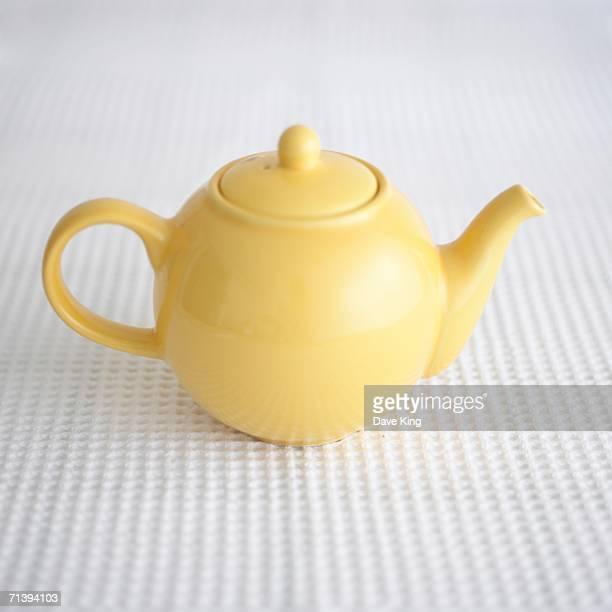Yellow teapot.