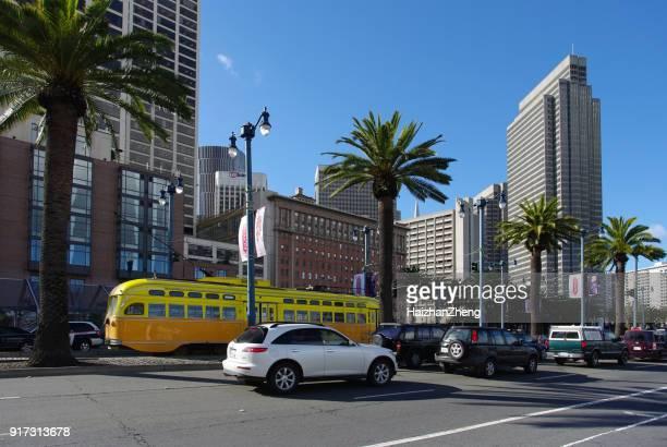 amarillo tranvía de san francisco - oakland condado de alameda fotografías e imágenes de stock