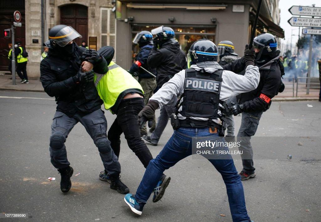 FRANCE-POLITICS-SOCIAL-PROTEST : Photo d'actualité