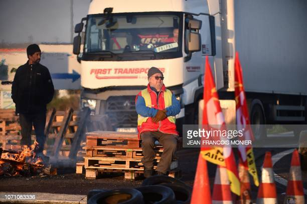 'Yellow vests' protesters block the access to the 'Carrefour Supply Chain' the regional logistics centre of the Carrefour group and the warehouse of...