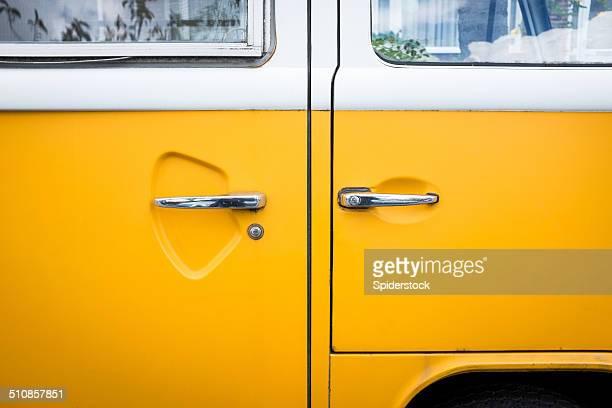 Amarelo VW Autocarro Plano aproximado