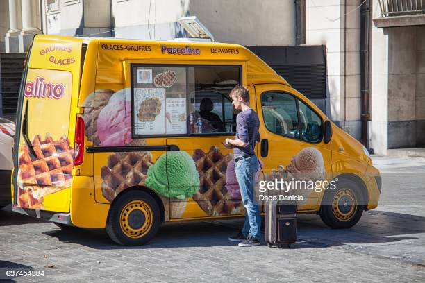 yellow waffles truck - royal palace brussels stock pictures, royalty-free photos & images